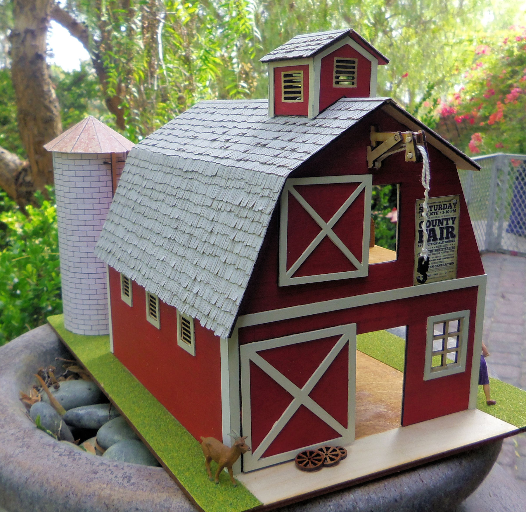 OLD Barn with Tool Shed & Silo KIT - Click Image to Close